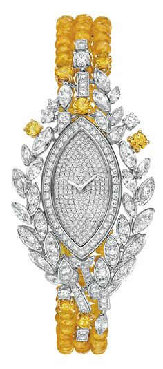 Moisson d'or #Watch from #LesBlesDeChanel - #Chanel - #FineJewelry collection…