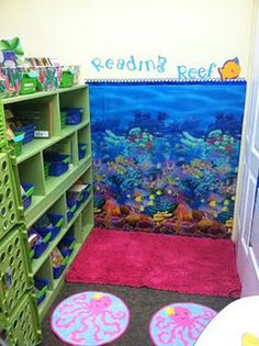 Love this reading nook theme