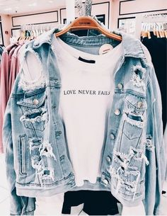 66 casual outfits for high school best outfits 57 Outfits Casual, Teen Fashion Outfits, Look Fashion, Fall Outfits, Summer Outfits, Fashion Clothes, Casual Jeans Outfit Summer, Jeans Fashion, Swag Outfits