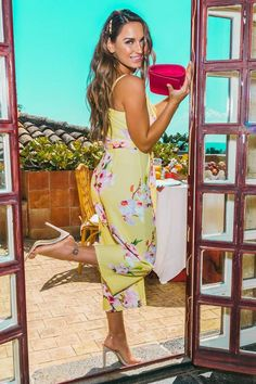53be446ccdb790 Quiz Sam Faiers Floral Belted Culotte Jumpsuit