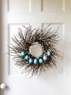 Set the tone for Easter season with an egg-adorned wreath that greets guests as they enter your home. Get the how-to >>