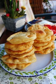 Yummy Food, Tasty, Galette, Pizza, Churros, Naan, Empanadas, International Recipes, Deli