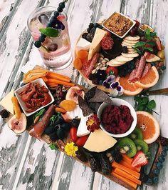 "2,465 Me gusta, 20 comentarios - ARNHEM (@arnhem_clothing) en Instagram: ""Keep it coming! This is Delicious  @carlea__mae you sure know how to make an Arnhem platter """