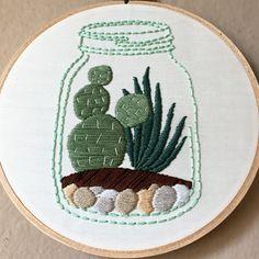 Cactus succulentes main broderie art en bocal à par MoonriseWhims