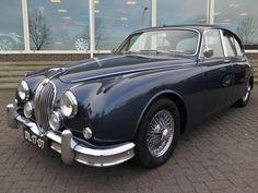 Jaguar MK II MK2 3.8 AUT. LHD JAGUAR (bj 1963, automaat) Jaguar S Type, Jaguar Cars, Old Lorries, E Type, Car In The World, Mk1, Cars And Motorcycles, Vintage Cars, Cool Cars