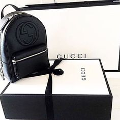 Besides your outfit, your choice of a Gucci Black Purse is always a a nice accent and will complete the stylish look. Gucci Purses, Gucci Handbags, Luxury Handbags, Purses And Handbags, Gucci Bags, Handbags Online, Backpack Purse, Leather Backpack, Mini Backpack