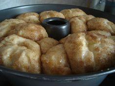 Greek Sweets, Greek Desserts, Greek Recipes, Brunch Recipes, Dessert Recipes, Greek Cake, Pecan Rolls, Cupcakes, Creative Food