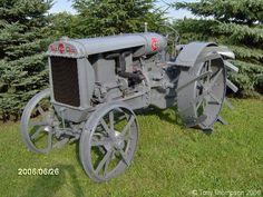 Steel Wheels - The Website for Veteran Tractors 1918 Twin City 12-20,
