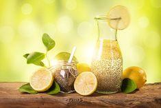 Необходимо научиться питаться разнообразно, включая в свой рацион пищу, обладающую мочегонными свойствами, которая помогает сбросить вес...