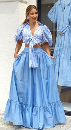 Skirt Outfits, Chic Outfits, Fashion Outfits, Latest African Fashion Dresses, African Print Fashion, Women's Runway Fashion, Look Fashion, Pakistani Dress Design, Pakistani Dresses