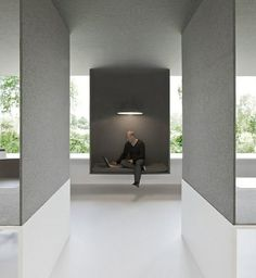 Workspace and Office Design - I love the clean lines and hanging space