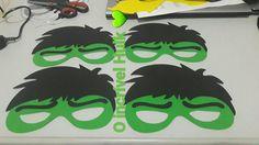 Máscara de Carnaval dos super heróis, ❤️💚💙💛♥️ os aluninhos vai amar. 😍😍 Lindo lindo lindo 😍😍 #artesanato #mascaras #carnaval #alunos #batman #capitaoamerica #mulhermaravilha #hulk #wolverine #superherois #eva #muitoamor #minhascoisinhas #MilenaAlmeida