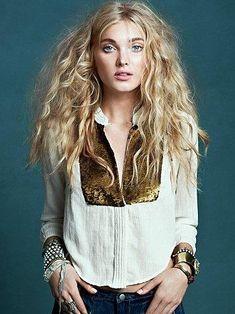 messy blonde hair