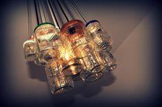We Upcycle Light Projects: Recycling Crockery & Jars Jar Chandelier, Chandelier Ideas, Overhead Lighting, Light Project, Craft Night, Mason Jar Lamp, Solar Lights, Light Shades, Deco