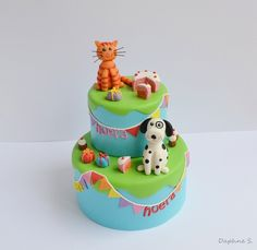 Super cute: cat and dog cake