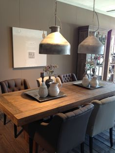Thursday = OrdnungsTag- Donnerstag = OrdnungsTag Miss order I like this table, armchairs, lamps wagon so much! Dining Set With Bench, Kitchen Dining, Dining Table, Kitchen Decor, Dining Chairs, Dining Room Design, Home And Living, Living Room, Sweet Home