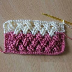 Beautiful Interweave Cable Stitch This crochet pattern / tutorial is available for free... Full Post: Interweave Cable Stitc