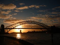 Sunset over the Sydney harbour bridge. #sydney #harbourbridge #sunset