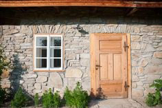Stables room #formerstables #restoredhouse #traditional #visittransylvania #perfectholiday @Cincsor.Transylvania.Guesthouses Stables, Restoration, Garage Doors, Traditional, Outdoor Decor, Holiday, Room, House, Home Decor