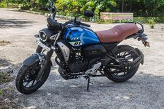 Yamaha FZ-X Review: Best 150cc Motorcycle which money can Buy Motorcycle Sounds, Retro Motorcycle, Racing Stickers, Yamaha Fz, Digital Instruments, Good Grips, Money, Canning