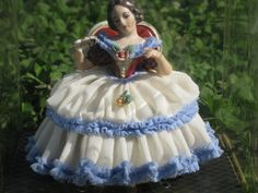 Dresden Frankenthal 1930's 1940's Art Lace Porcelain Seated Lady Figurine