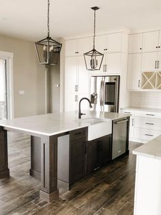 Kitchen Island, Home Decor, Island Kitchen, Decoration Home, Room Decor, Home Interior Design, Home Decoration, Interior Design