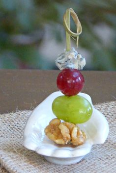 Grape Blue Cheese Walnut Bites - easy appetizer finger food that is very healthy too! TheFitFork.com
