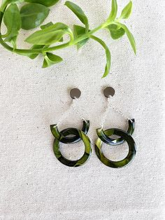 Olive/White Linked Circle Alcohol Ink Earrings - Hand Crafted - Silver Plated - Modern - Geometric - Statement Earrings - Jenn Robertson Art Alcohol Ink Jewelry, Statement Earrings, Silver Plate, Silver Rings, Wedding Rings, Engagement Rings, Unique Jewelry, Handmade Gifts, Modern