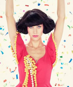 Hair, lipstick, voice, Kimbra.
