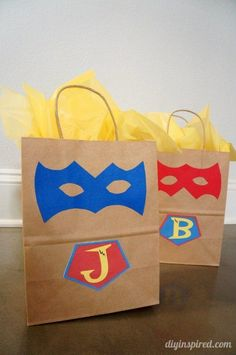 50 DIY Birthday Party Favor Gift Bags - Smart Party Ideas - 50 DIY Birthday Party Favor Gift Bags - Smart Party Ideas Source by alexandrazielin Superhero Party Bags, Superhero Favors, Superhero Invitations, Superhero Birthday Party, 4th Birthday, Birthday Ideas, Rainbow Birthday, Diy Birthday Party Favors, Party Favours