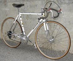 Peugeot PX-10.  This was Peugeot's top of the line customer racing bicycle. - Sports et équipements - Velo - Peugeot