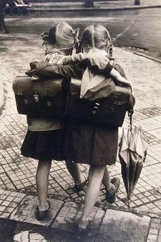 Yo fuí a EGB .Los años 60's y 70's.En el colegio...aulas,uniformes,material escolar y hacer la comunión....!!!!!!|yofuiaegb Yo fuí a EGB. Recuerdos de los años 60 y 70.