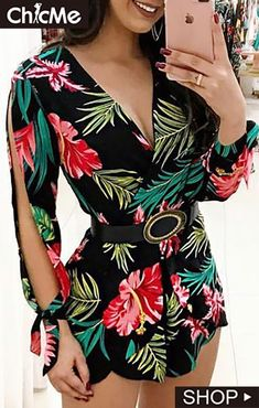V-Neck Tropical Print Slit Sleeve Romper – bodyconest printed romper,outfit romper,romper and tights,romper casual,romper style Romper Dress, Lace Romper, Look Fashion, Fashion Outfits, Estilo Fashion, Ladies Fashion, Fashion Ideas, Occasion Dresses Uk, Two Piece Rompers