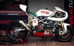Ducati Cafe Racer by Radical Ducati #motorcycles #caferacer #motos | caferacerpasion.com