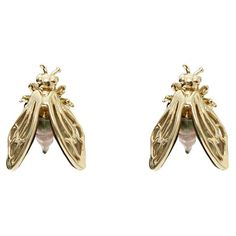 Alexis Bittar Desert Jasmine Iridescent Bee Earrings ($125) ❤ liked on Polyvore featuring jewelry, earrings, accessories, gold, iridescent earrings, alexis bittar, bumble bee jewelry, gold tone jewelry and bee jewelry