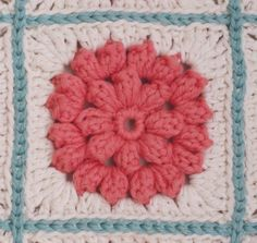 I adore this square.  Free pattern.  Endless ways to use.