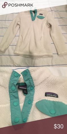 patagonia kids jacket✨ worn, great condition. i'm selling because i outgrew it. MAKE AN OFFER!! 💜 PRICE IS FIRM! Patagonia Jackets & Coats Puffers