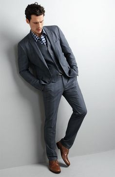 Dressed Down Gray Three Piece Suit with Checked Shirt (Casual) John Varvatos, Mens Fashion Blog, Fashion Outfits, Men's Fashion, Fashion Styles, Herren Outfit, Three Piece Suit, 3 Piece, Sharp Dressed Man