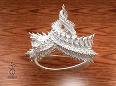 Zenith crown : A 3D fractal design by unellenu on Shapeways