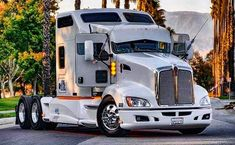 Big Rig Trucks, Semi Trucks, Cool Trucks, Custom Big Rigs, Custom Trucks, Quito, Western Star Trucks, Hot Black Women, Kenworth Trucks