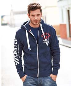 Superdry hettejakke fra Sportmann.no Superdry, Athletic, Hoodies, Sweaters, Jackets, Fashion, Down Jackets, Moda, Sweatshirts