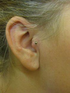 Tragus Piercing #tragus #piercing #ear #earpiercing #labret