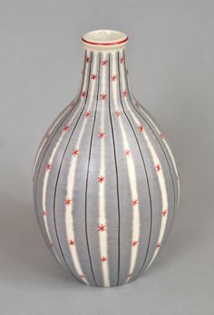 Poole pottery Freeform carafe vase   Freeform was a 1950's style that used flowing shapes (no straight lines) and delicate hand painting. This carafe vase is in the YMP design. Flickr - Photo Sharing!