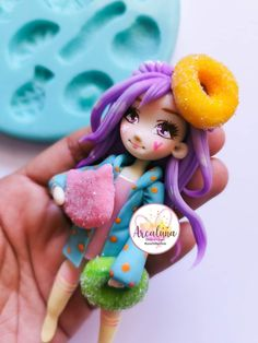 Polymer Clay Dolls, Polymer Clay Crafts, Diy Clay, Fondant People, Biscuit, Pasta Flexible, Barbie, Mugs, Christmas Ornaments