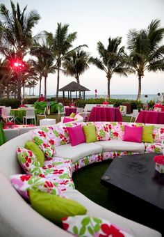 stylish seating | wedding lounges  Including a Lounge area to your wedding reception to let those who want to get out of the noise for a while do so without feeling like they're excluding themselves.