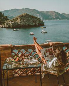 Dolce far niente ✨ @belmondvillasantandrea #theartofbelmond #belmondpostcards #lovelypepatravels #italy #sicily
