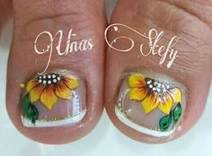 French Pedicure, Nail Time, Toe Nail Designs, Stylish Nails, Mani Pedi, Toe Nails, Lily, Nail Art, Pedicure Ideas