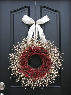 Pretty red and white wreath