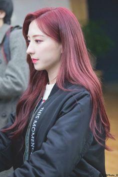 Eunseo/은서 WJSN Yuehua Entertainment, Starship Entertainment, South Korean Girls, Korean Girl Groups, Cosmic Girls, Kpop Outfits, My Crush, Korean Singer, Kpop Girls