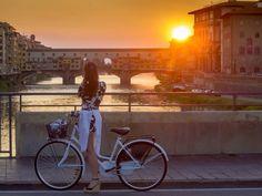 Rosso fuoco o romantici: la magia dei tramonti su Firenze